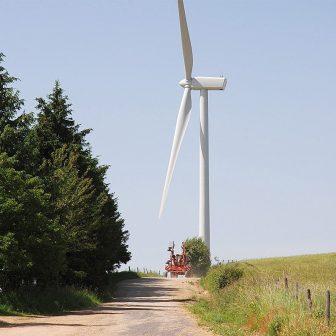 Impact des éoliennes sur les Monts du Lévézou