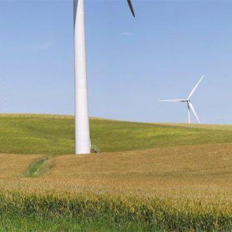 Un des nombreux parc éolien du Lévezou