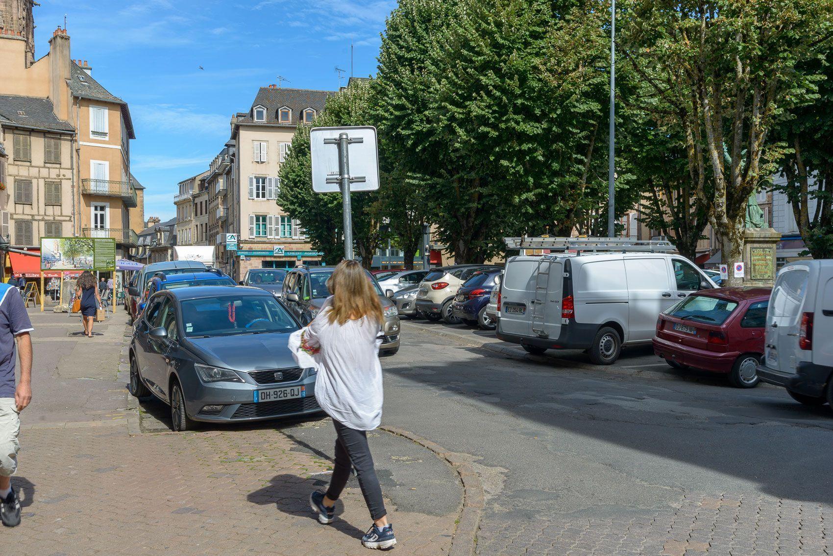 H7-Rodez-place-de-la-cité--11-juillet-2019--CA1_3642